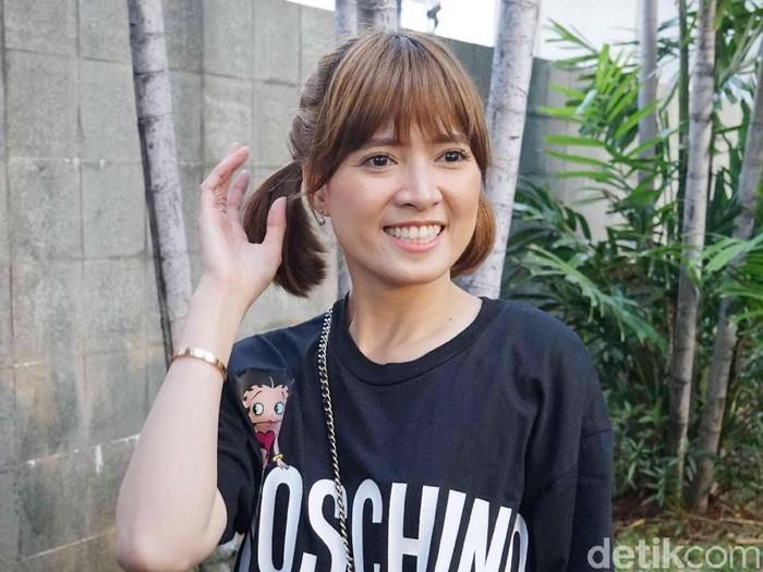 Chika Jessica saat ditemui di kawasan Trans TV.