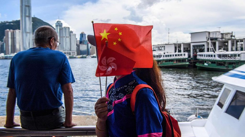 Inggris Tawarkan Kewarganegaraan Bagi Warga Hong Kong, China Geram