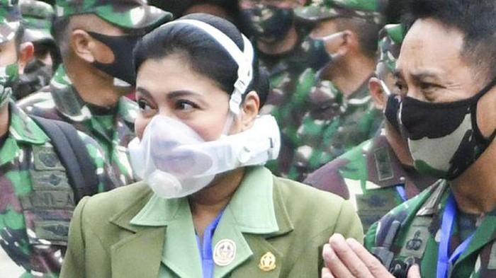Istri KSAD Andika, Diah Erwiany Trisnamurti Hendrati Hendropriyono pakai masker respirator