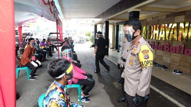 Kapolda Kalsel Irjen Nico Afinta Cek Pemeriksaan Kesehatan Tahap I Calon Tamtama Polri