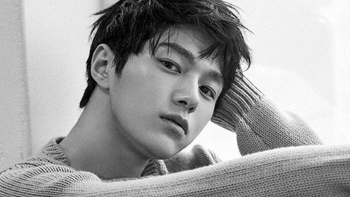 Aktor dan penyanyi Korea Selatan Kim Myung Soo.