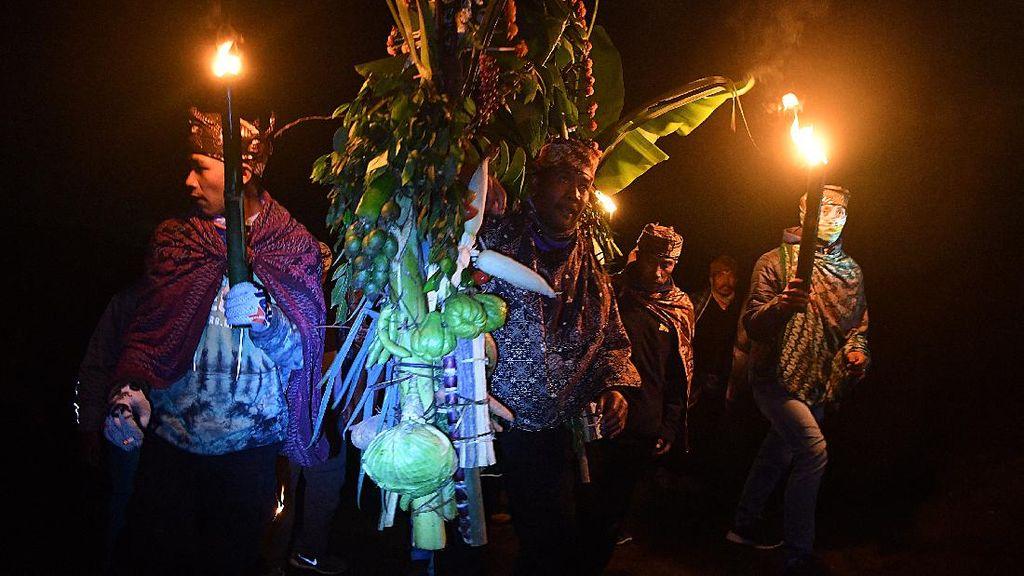 Video Suasana Berbeda Hari Raya Yadnya Kasada di Masa Pandemi