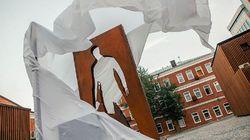 Monumen Kurir Barang Diresmikan di Moskow, Pahlawan Lockdown