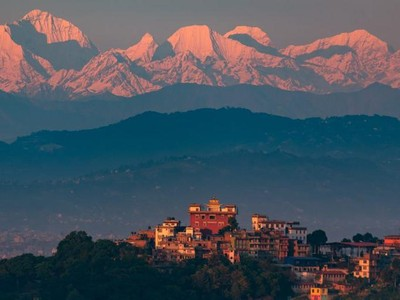 Mengapa Pesawat Hindari Terbang di Atas Pegunungan Himalaya?