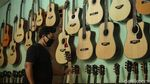 Geliat Bisnis Reparasi Gitar di Masa Pandemi