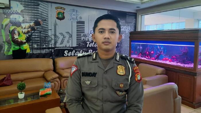 Polisi Inspiratif Bripda Sunday Ngajar Ngaji bagi Anak Yatim