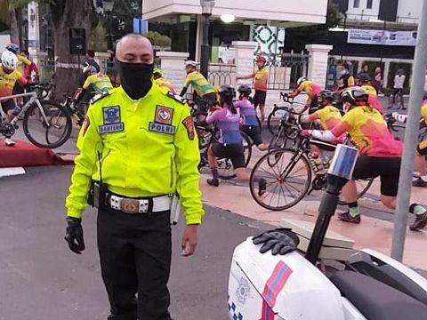 Polisi yang viral mengambil bendera di selokan, Brigadir Polisi Nanang Agus Rianto.