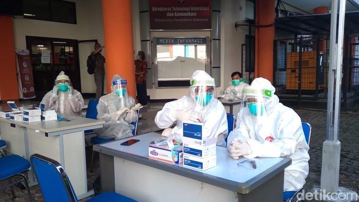 Ratusan peserta dan panitia UTBK-SBMPTN UPI akan menjalani rapid test