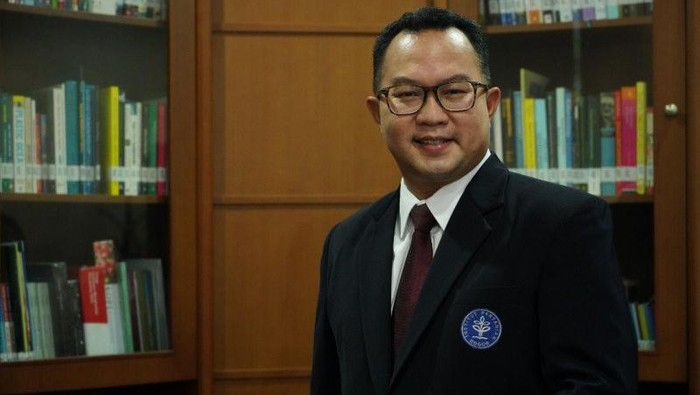 Rektor IPB Arif Satria