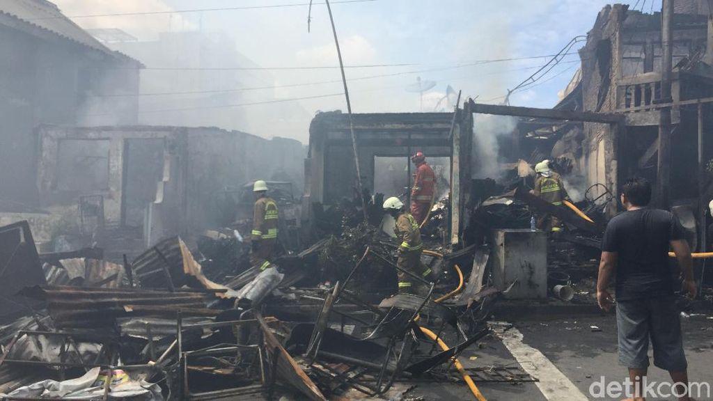 Kebakaran di Manggarai Jaksel, 40 Toko Ludes Terbakar