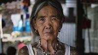 Perempuan Berumur Seabad Ini Generasi Terakhir Pembuat Tato Suku Kalinga