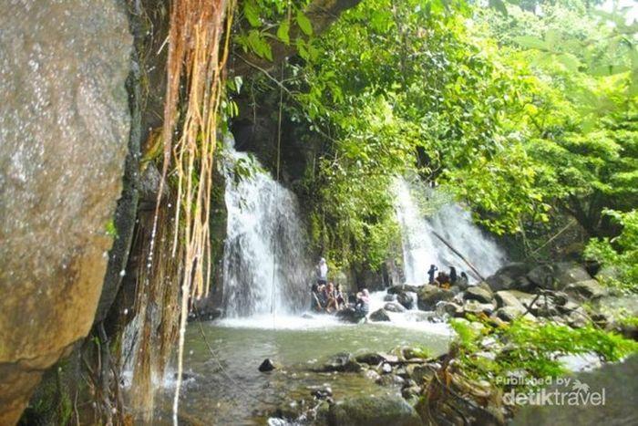 Air terjun desa Talang Rendah