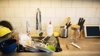 Supaya Tak Malas, Ini 5 Tips Bersihkan Alat Dapur Setelah Masak