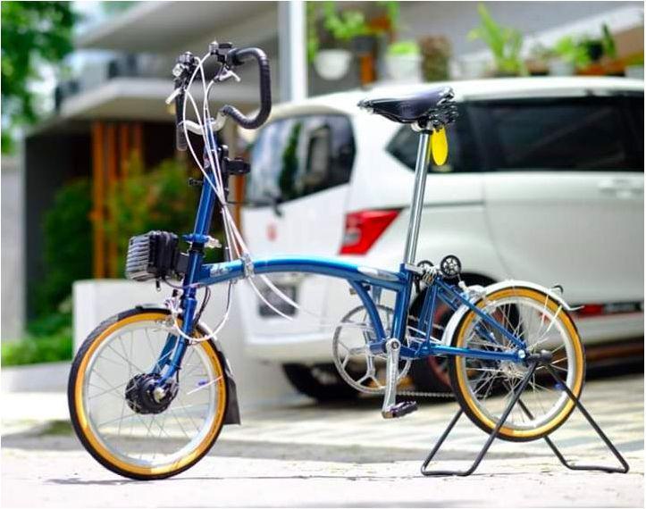 Alat yang menjadikan sepeda biasa menjadi sepeda listrik dengan menggunakan Micro Hub. Atau Modifikasi sepeda normal menjadi sepeda listrik.