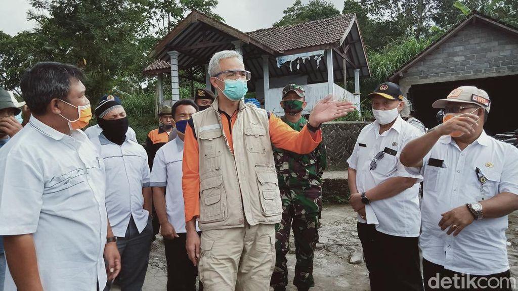 Ganjar Minta Warga di 3 Daerah Jateng Ini Siaga Ancaman Erupsi Merapi