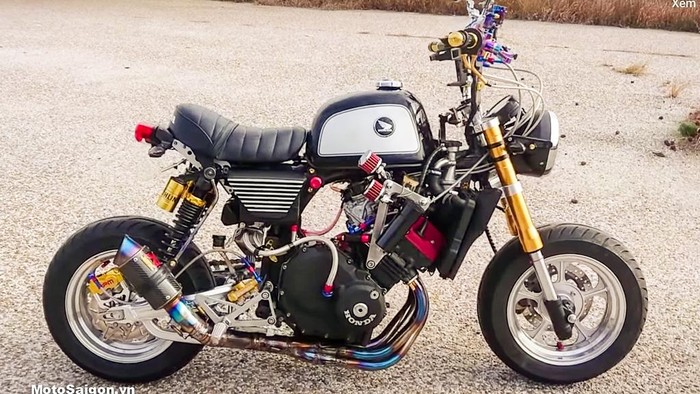 Honda Monkey 4 Silinder
