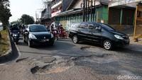 Jalanan Dibiarkan Rusak, Pemerintah Bisa Dituntut!