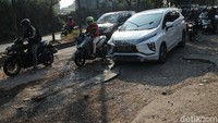 Selain Tuntut Pemerintah, Korban Jalan Rusak Bisa Minta Ganti Rugi?