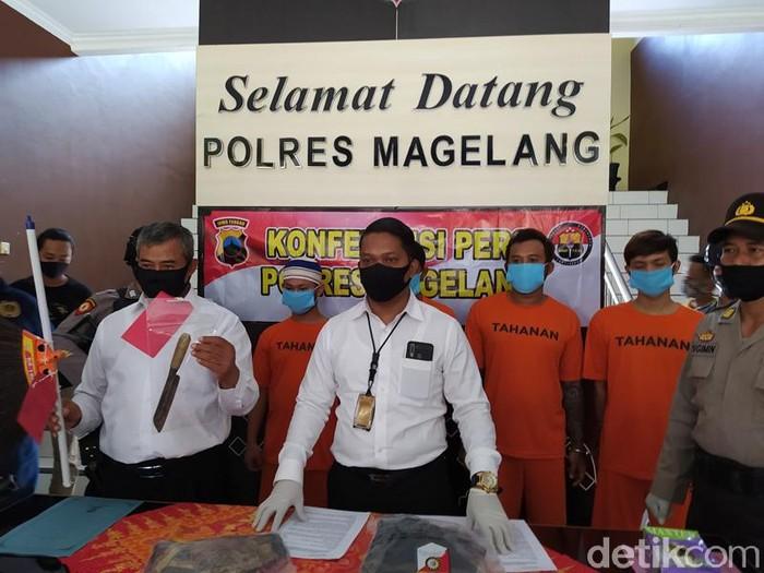 Jumpa pers pria dihajar hingga tewas gegara pinjam kamera di Polres Magelang, Rabu (8/7/2020).