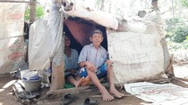 Mbah Tarso yang Hidup di Gubuk Karung Ternyata Dikenal Legenda Mancing Mania