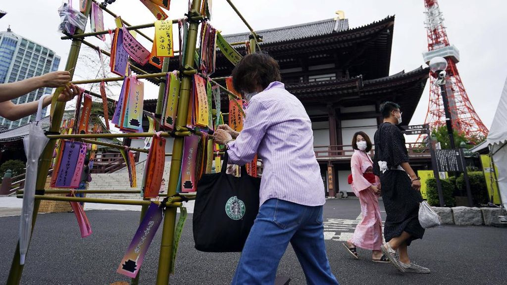 Menggantungkan Harapan di Festival Tanabata