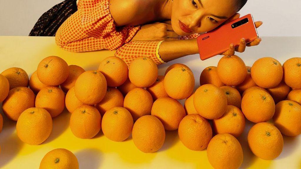 OPPO Find X2 Pro Dipakai buat Foto Sampul Majalah Fashion