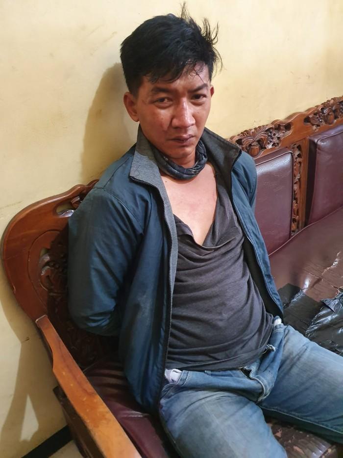 Palu yang digunakan Yoes untuk menganiaya pemilik warung di Bekasi