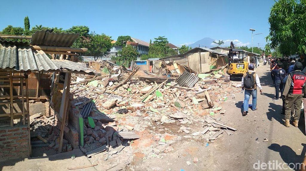 Video Blok Jongor Lokalisasi Legendaris di Cirebon Dihancurkan