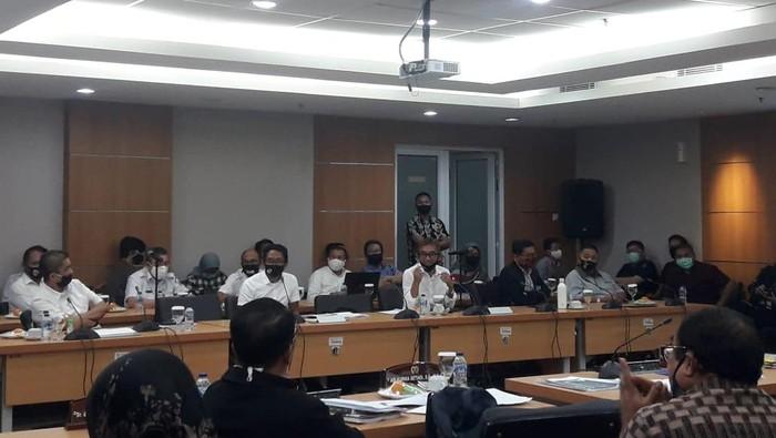 Raker Komisi B DPRD DKI Jakarta dan PT Pembangunan Jaya Ancol