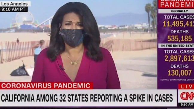 Wanita BAB saat siarang langsung CNN