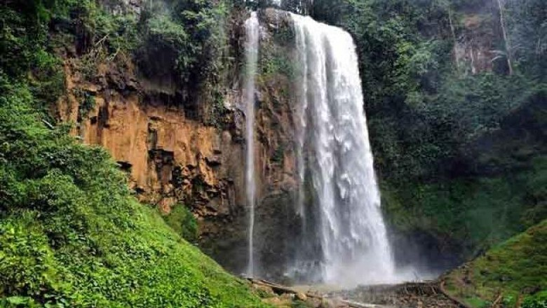 Air terjun di Lampung Barat.