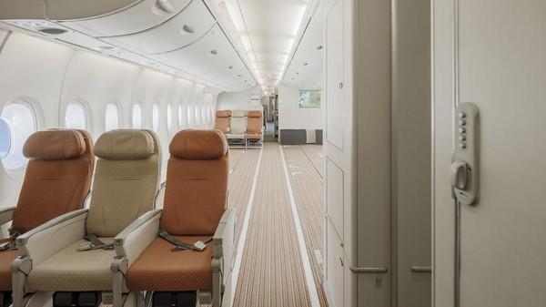 Bukan untuk menjaga jarak antar penumpang, tapi pesawat yang menampung hingga 853 orang ini digunakan untuk mengangkut peralatan medis. (Hi Fly)