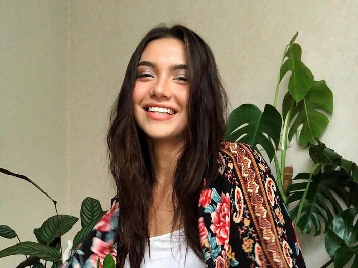 Angela Gilsha
