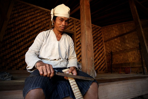Suku Baduy Dalam dipimpin oleh seorang Pu'un atau kepala suku adat yang dipilih secara turun temurun berdasarkan hasil musyawarah. Getty Images/Ulet Ifansasti