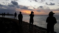 Resmi Dibuka, Wisata Pantai di Bali Mulai Ramai