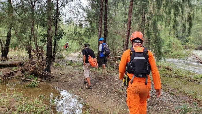 Basarnas cari anggota Mapala UNTAD yang hilang usai mendaki Gunung Tambusisi (Foto: Istimewa)