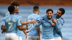 Man City Vs Newcastle: Angkat Topi untuk David Silva