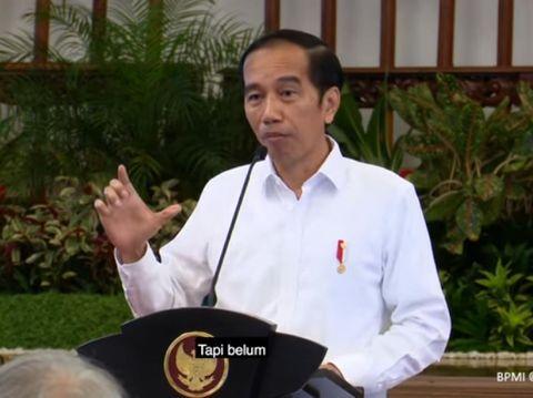 Ekspresi dan gestur Presiden Jokowi dalam raker 7 Juli 2020, diunggah Setpres 8 Juli 2020. (Dok YouTube Setpres)