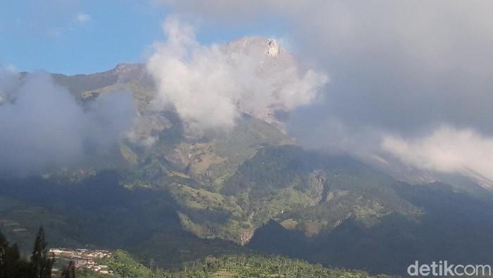 Kondisi Gunung Merapi dari Boyolali, Rabu (8/7/2020).