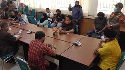 Massa Demo Minta Plt Direktur RSUD Polman Dicopot, Bupati Tunggu Komite Medis