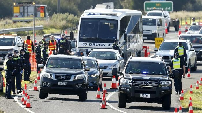 Sekitar lima juta orang di Melbourne, Australia mulai menjalani masa lockdown untuk mengendalikan virus Corona pada Kamis (9/7/2020).