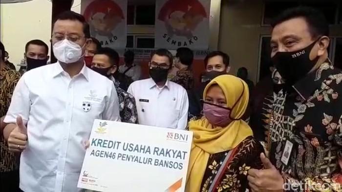 Mensos pantau penyaluran BST di Sukabumi