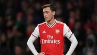 Eks Kapten Arsenal Doakan Oezil Bisa Segera Bermain Lagi
