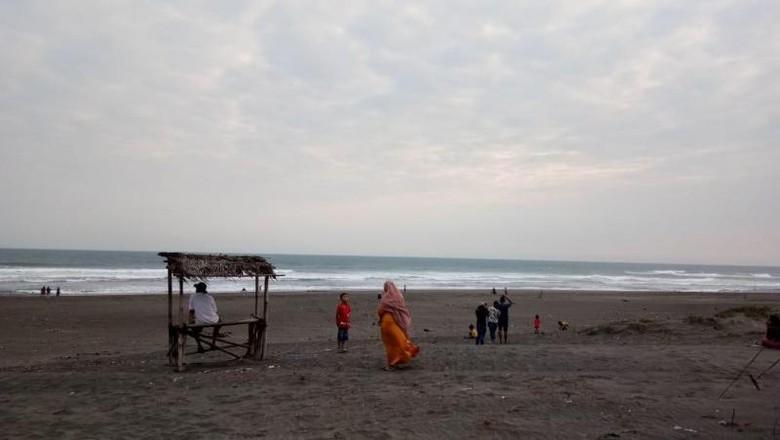 Pantai di Parangtritis, Yogyakarta.