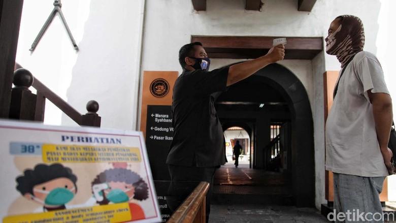 Peringatan HUT Museum Bahari di Penjaringan, Jakarta Utara, berlangsung sederhana. Protokol kesehatan tetap diterapkan pada peringatan HUT tersebut.