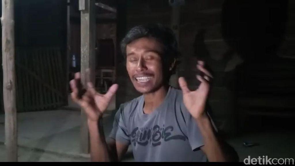 Detik Menit Pria di Ngawi Pindahkan Rumah Seorang Diri
