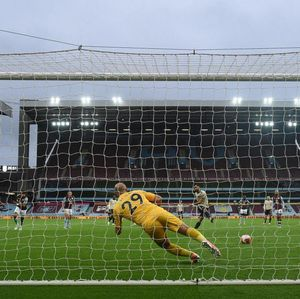 Manchester United si Raja Penalti Premier League