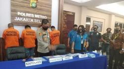 Polres Jaksel Tangkap 3 Orang Pilot Terkait Kasus Narkoba