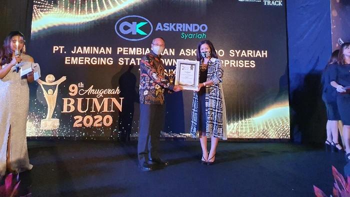 Askrindo Syariah meriah penghargaan ajang Anugerah BUMN 2020. Askrindo Syariah mendapat penghargaan sebagai