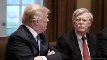 John Bolton Ungkap Trump Iri pada Xi Jinping dan Putin